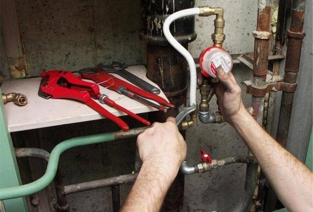 Как поставить счетчики на воду самостоятельно: устройство, замена