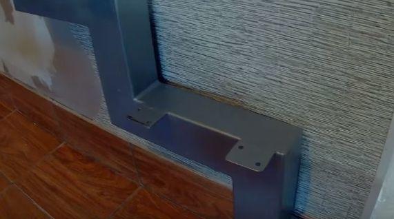 Изготовление лестницы на металлическом каркасе своими руками, как крепить ступени