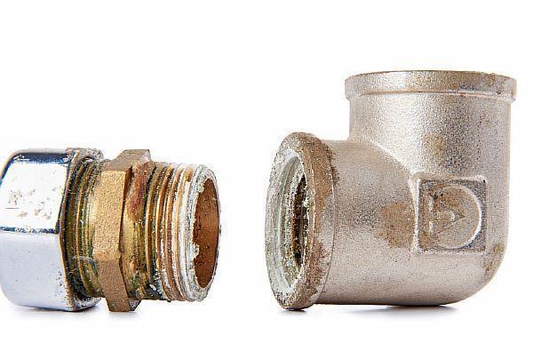 Герметик силиконовый сантехнический для труб: какой выбрать?