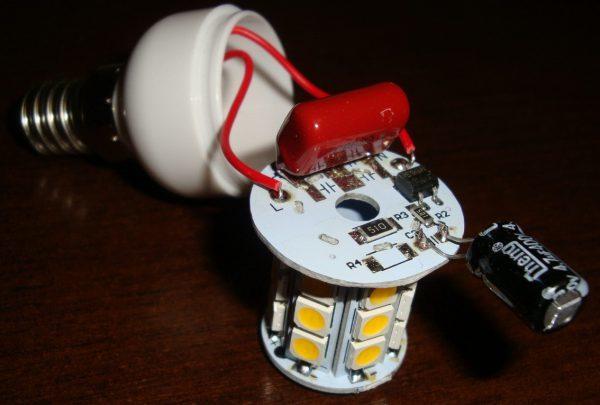 Почему перегорают светодиодные лампы в квартире?