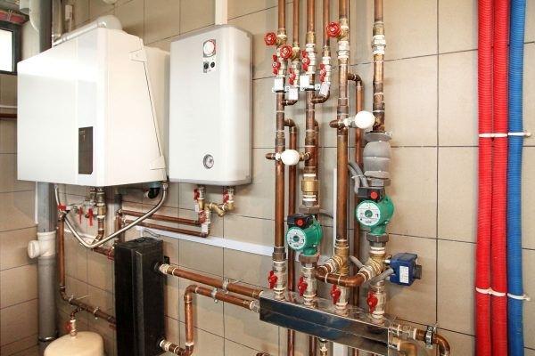 Водяные теплые полы от газового или электрического котла: как правильно выбрать и подключить своими руками