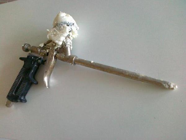 Как почистить пистолет от монтажной пены: промывка, чистка