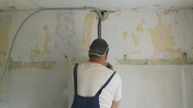 Замена проводки в панельном доме своими руками без штробления