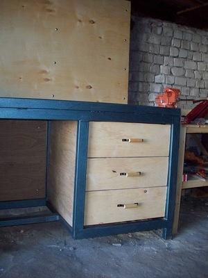 Как сделать деревянный столярный и металлический слесарный верстак своими руками по чертежам