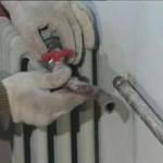 Замена и установка (монтаж, крепление) радиаторов и батарей отопления в квартире и частном доме