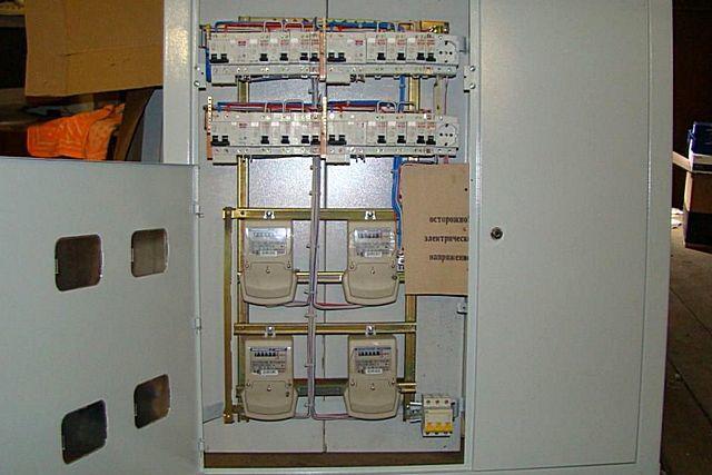 Какой электросчетчик лучше поставить в квартире, частном доме