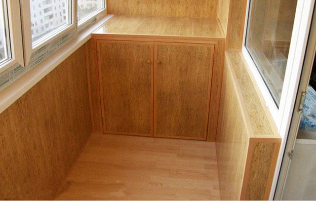 Чем покрыть деревянный пол в доме, на даче, в гараже, на балконе