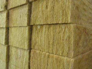 Утепление стен каркасного дома своими руками изнутри и снаружи – пошаговая инструкция