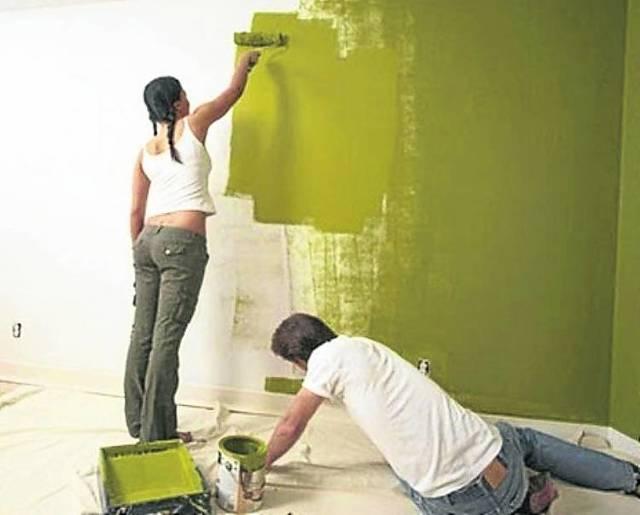 Чем лучше покрасить стены в квартире вместо обоев?