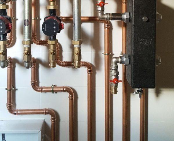 Как сделать разводку труб водоснабжения в квартире: какие краны лучше, схемы, монтаж