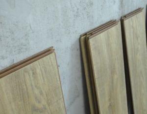 Ламинат на стене: способы крепления, укладка своими руками