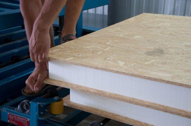 Строительство домов из сэндвич панелей своими руками