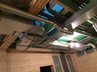 Как правильно сделать вентиляцию в деревянном доме?