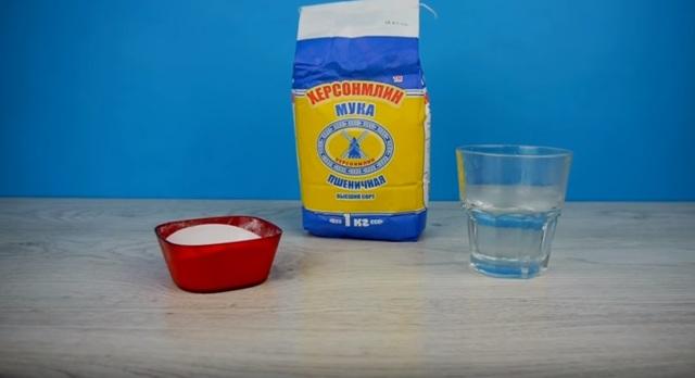 Как сделать клей (казеиновый, ПВА, для обоев, пенопласта) в домашних условиях своими руками