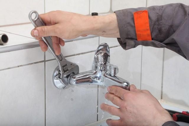 Ремонт смесителя в ванной комнате своими руками