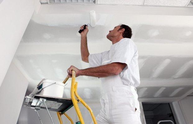 Как и чем покрасить потолок из гипсокартона своими руками?