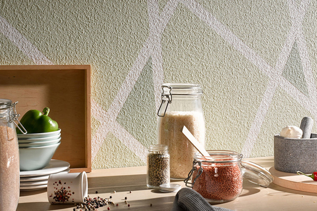 Как и чем красить стеклообои: выбор водоэмульсионной краски
