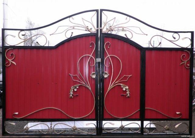Ворота из профнастила (профлиста) своими руками: как сделать распашные ворота с калиткой?
