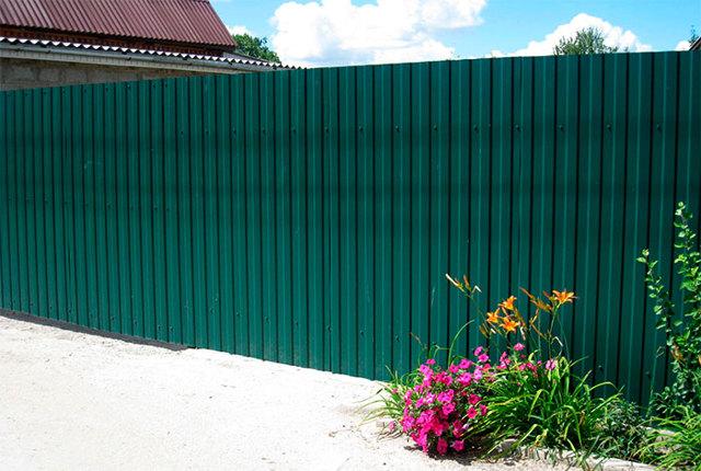 Забор из профлиста (профнастила) своими руками