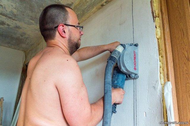 Монтаж электропроводки в квартире своими руками: разводка, штробление стен под проводку