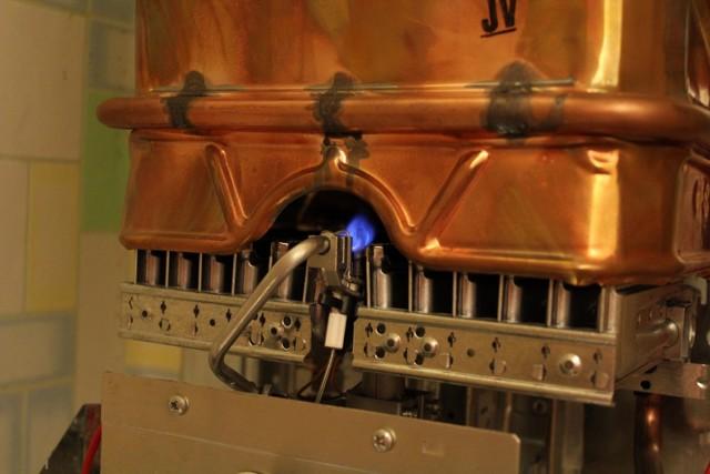 Почему гаснет газовая колонка, как ее настроить?
