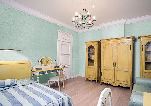 Комбинирование обоев в спальне: идеи дизайна