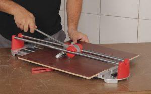 Как правильно класть кафельную плитку своими руками