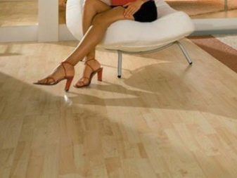 Кварц-виниловая плитка для пола: каковы плюсы и минусы покрытия, как его устанавливать