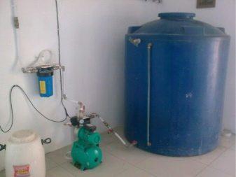 Как выбрать и установить накопительный бак для водоснабжения