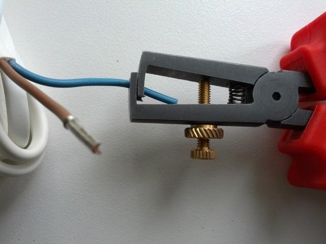 Скрутка проводов – многообразие простых способов соединения