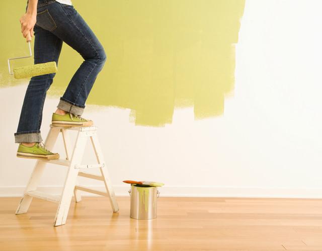 Как покрасить гипсокартон, какую краску выбрать?