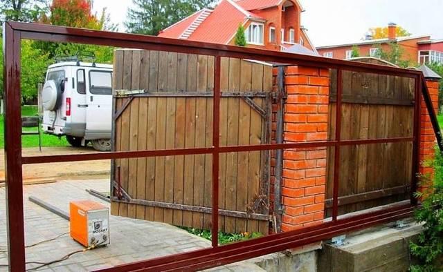 Как сделать ворота откатные своими руками?