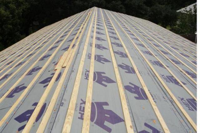 Обрешетка под профнастил (профлист): как сделать обрешетку крышу с шагом