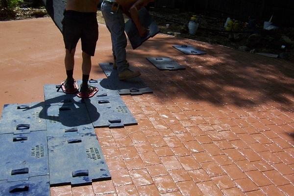 Декоративный бетон своими руками: технология и рецептура печатного (штампованного) бетона