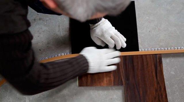 Порожек между плиткой и ламинатом со скрытым креплением и без для пола