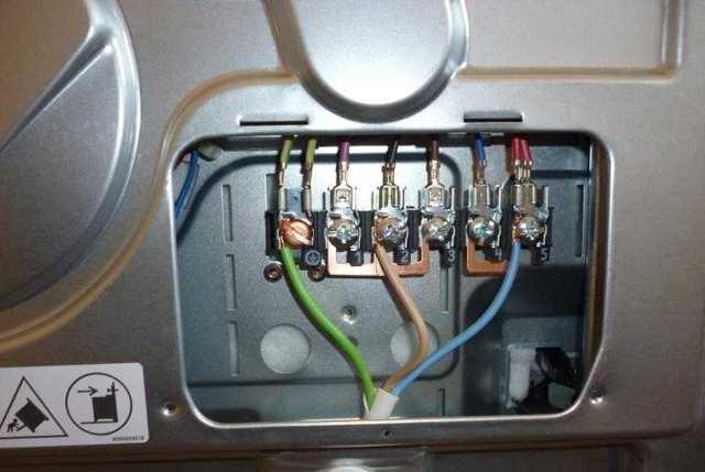 Как правильно подключить электроплиту самостоятельно: схема, сечение кабеля, какой провод нужен