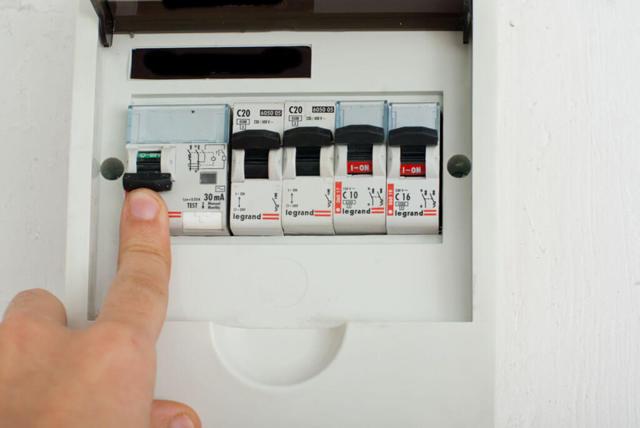 Схема подключения реле напряжения для дома, квартиры