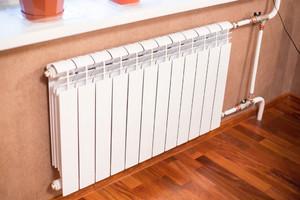 Не прогревается батарея отопления в квартире, частном доме: причины, что делать, последствия